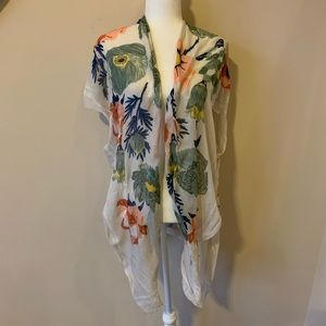 Woven Heart floral open front shawl #1569
